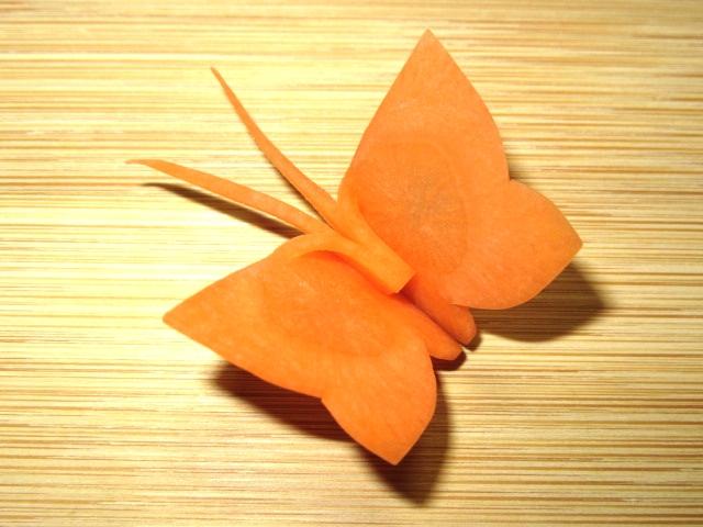 蝶々人参の飾り切り画像
