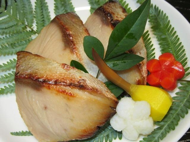 ぶりの西京漬けの焼き物,鰤の味噌漬け