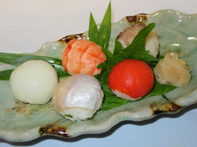手まり寿司五種盛り,春のご飯物やお凌ぎの献立