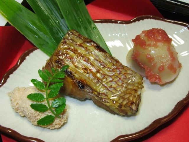 たいのゆうあん焼き,鯛の焼き物春の献立