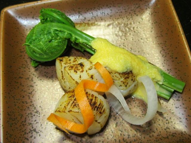 こごみの黄身豆腐酢