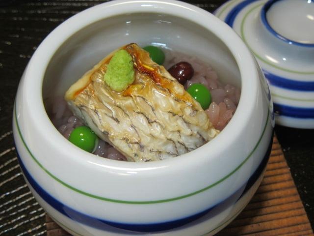 焼き鯛の赤飯蒸し,うすい豆,わさびI,春のおしのぎの献立
