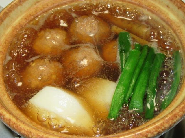 くわい入り肉団子の吉野鍋の献立,つみれの小鍋仕立て