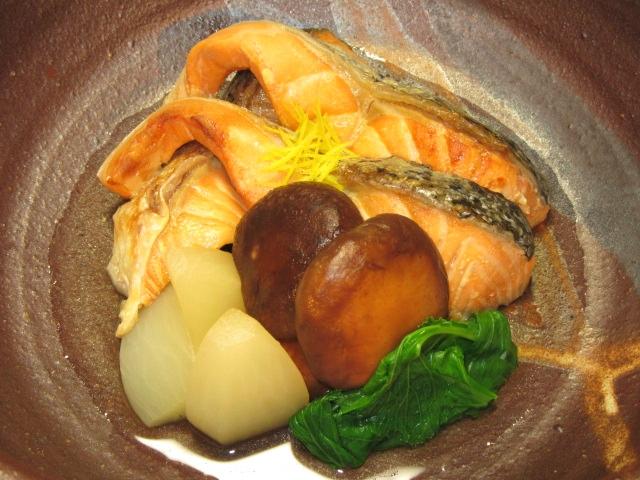 鮭とかぶのたき合わせ,秋の煮物の献立