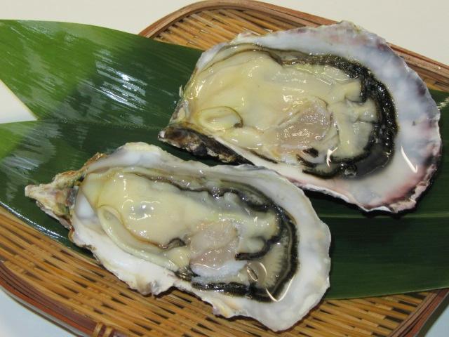 かきのからむき方法,生牡蠣の盛りつけ例
