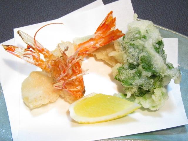 車海老と束ね三つ葉の天ぷら盛り合わせ,南瓜,レモン
