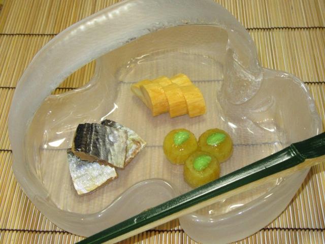 夏の懐石料理八寸三種盛り,前菜の献立