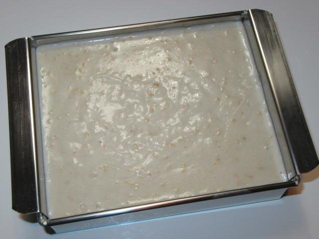 胡麻豆腐の作り方,流し缶に入れる工程