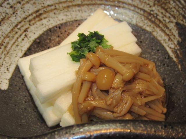 えのき茸の旨煮を使った短冊長芋となめ茸,小鉢料理の献立